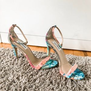 Steve Madden print heels size 7